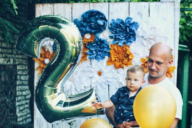 Cvetni zid 2 rodjendan baloni